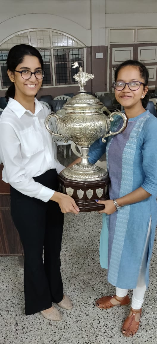 Winners of the H.H. Raja of Sangli's Gokhale Intercollegiate Debate Competition