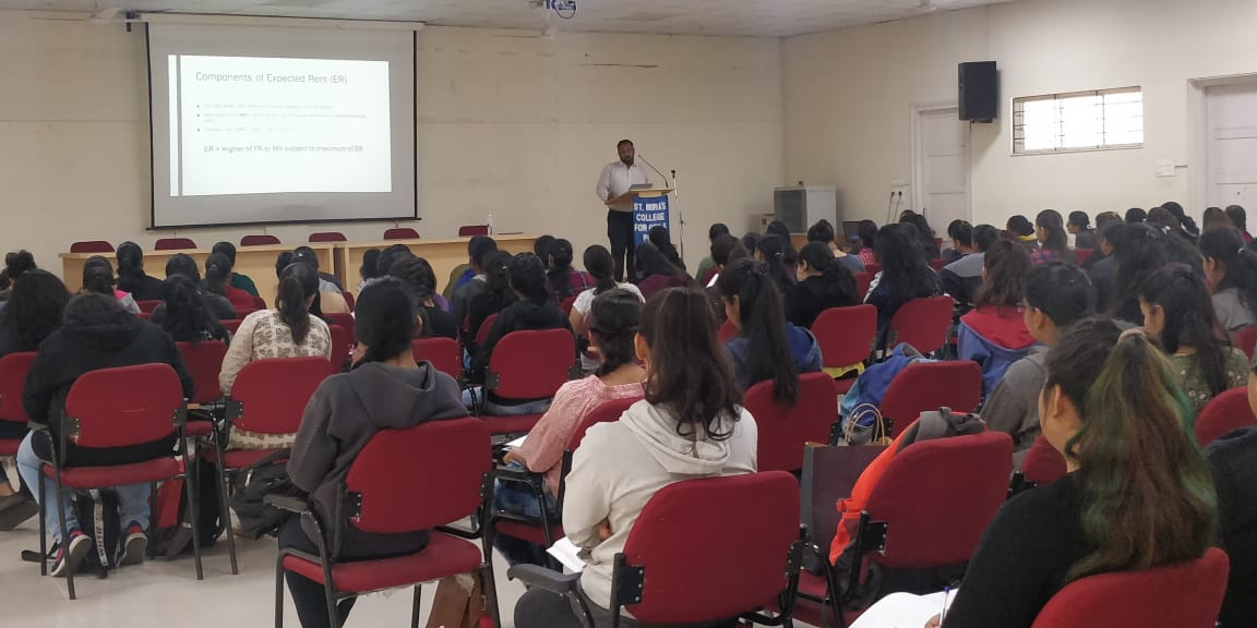 CA Dhiraj Dandgaval giving lecture on Case Laws of House Property