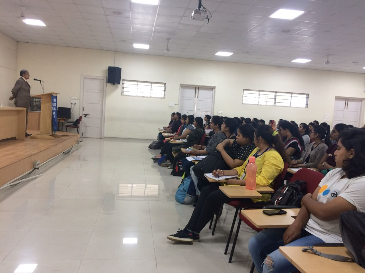 Guest Lecture on Nuances of Contracts 1