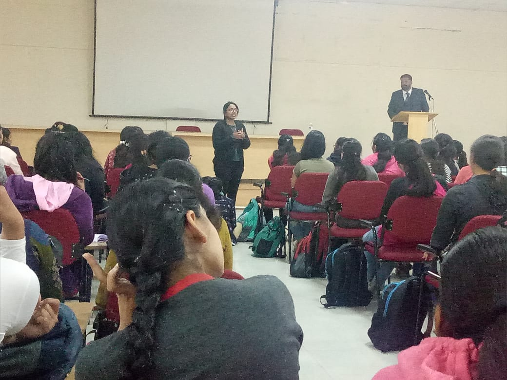 Student interaction at the session